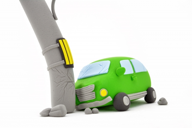 車修理・板金塗装をなるべく安くしたい!提示された半額で直せた簡単な方法を紹介